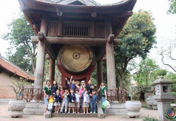 Các bạn nhỏ Việt Mỹ Montessori tham quan Văn Miếu - Quốc Tử Giám