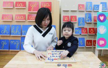 Điều gì khiến cha mẹ Việt khâm phục, tìm hiểu và giáo dục con theo phương pháp Montessori?